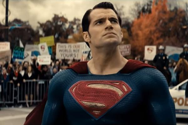 img-1036186-batman-vs-superman