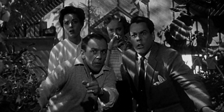 Invasion-of-the-Body-Snatchers-1956_greenhouse